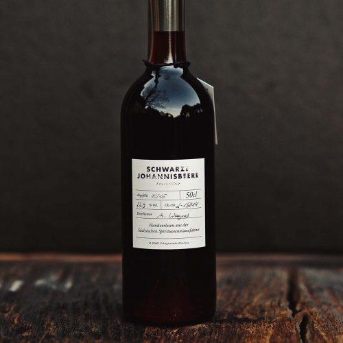 Schwarze Johannisbeere – Fruchtlikör der Sächsischen Spirituosenmanufaktur