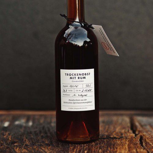 Trockenobst mit Rum – Gewürzlikör 50 cl