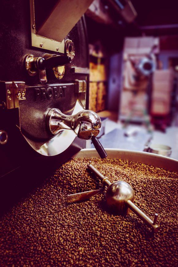 Die typischen Kaffeearomen können Sie sofort am Geruch und Geschmack erkennen.